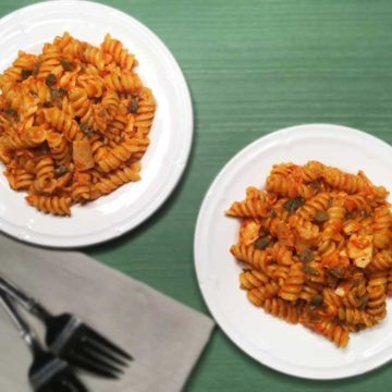 pasta-with-red-pepper-sauce